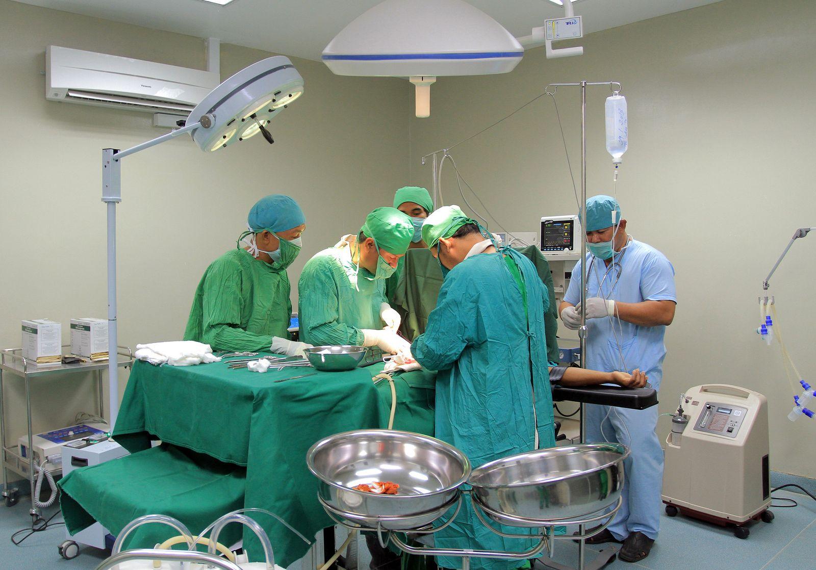 Physicians & surgeons | Data USA