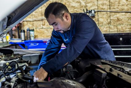 Automotive service technicians & mechanics